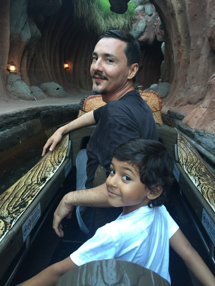 avi si mircea la splash mountain disneyland