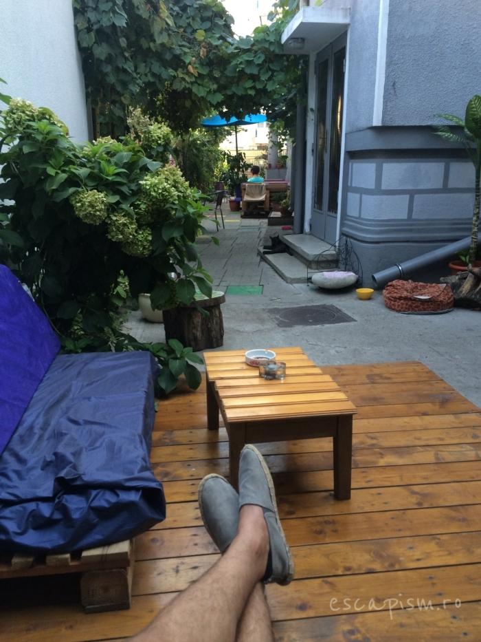 cafeneaua miau bucuresti exterior 2