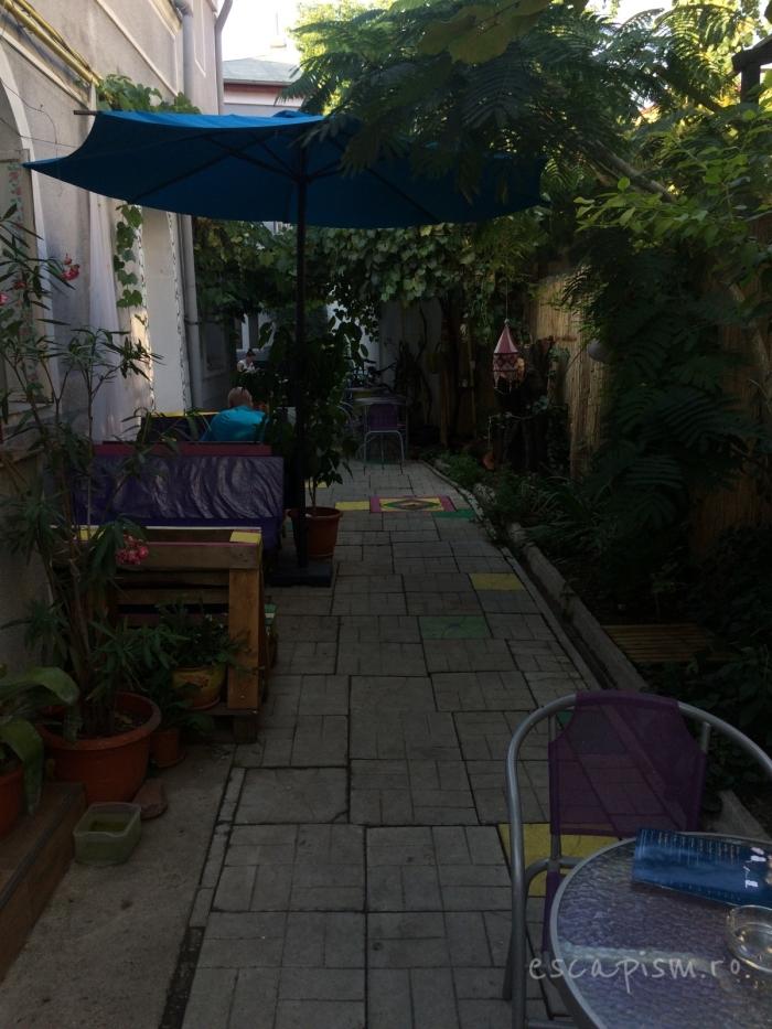cafeneaua miau bucuresti exterior 6