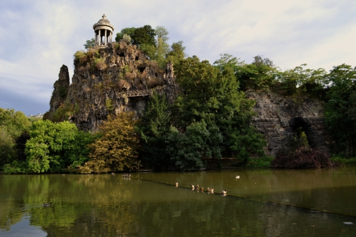 temple sybille parc buttes chaumont Paris