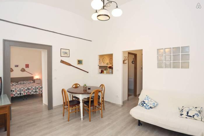 vacanta-in-Napoli-cazare-Airbnb
