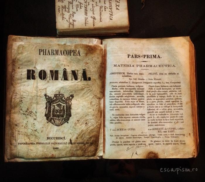muzeul farmaciei cluj carte veche