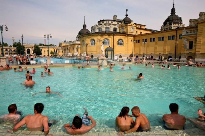 baile-szechenyi-baths-budapesta-ungaria-3
