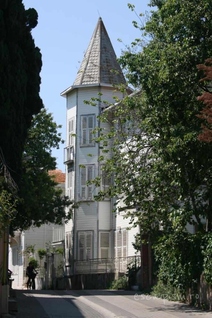 buyukada-Istanbul-plimbare-biciclete-strazi-2