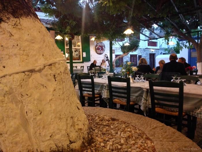 hydra-insula-grecia-restaurant-taverna-douskos